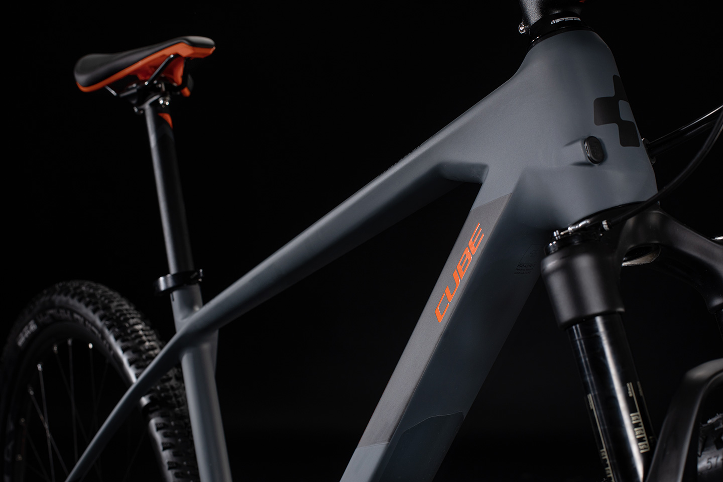 CUBE REACTION C-62 RACE GREY:ORANGE 2020_Detail